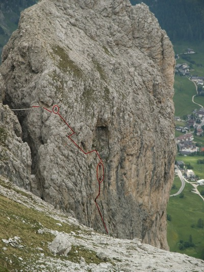 The same bridge from long distance, red marks show people on the via ferrata, Gruppo di Sella, July 2004